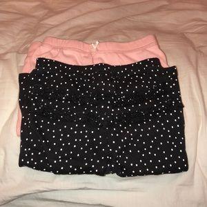 2 pairs of pants
